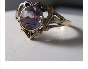 Antique Victorian 10k Yellow Gold 1.25 ct. Amethyst Heart Ring