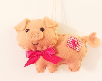 Pig Ornament - Pig Gift - Farm Animal - Farmhouse Decor - Felt Pig - Personalized Ornament - Country Decor - Pig - Farm Decor