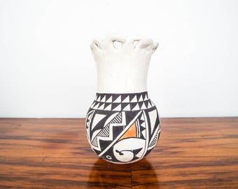 Vintage Native American Acoma Pueblo Pottery Small Pot Vase N.M