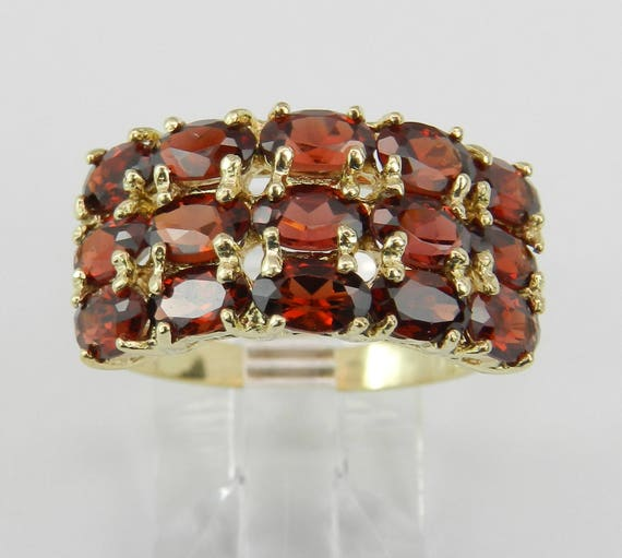 Vintage Estate Garnet Anniversary Ring Cluster Band Size 7.75 Yellow Gold