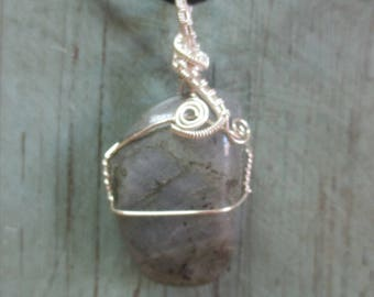 Labradorite stone wire wrapped pendant necklace