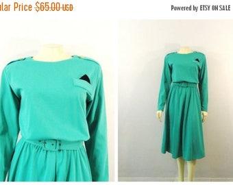 SALE Vintage Dress Shirtwaist Dress 80s does 50s Style Carnegie Court Seafoam / Mint Green Black Pocket Square Sz Modern Medium to Large