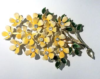 Vintage Flower Bouquet Brooch, Yellow Enamel and Clear Rhinestone Flowers, Green Enamel Leaves