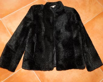 Chic Faux Fur Jacket - Great Great Style - Versatile - Black Size Small