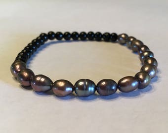 Fresh Water Pearls with Black Small Beaded Bracelet