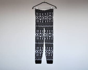 NOS Vintage Black and White Abstract Geometric Pattern Knit Pants High Waist Leggings