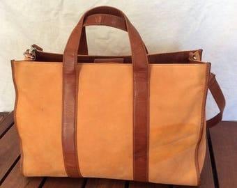 15% OFF3DAYSALE Great Vintage Authentic Levenger Light Orange Leather and Tan Leather Trim Satchel Shoulder Bag