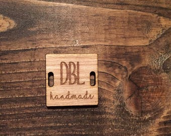 Square wooden buttons, Buisness Tags, Custom Personalized Tags, Engraved tags for Knitting, Crochet tag Buttons, square tags