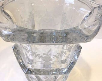 Magnificent TIFFANY & CO. Large Etched Crystal Urn/Champagne - Wedding, Anniversary, Special Occasion Gift