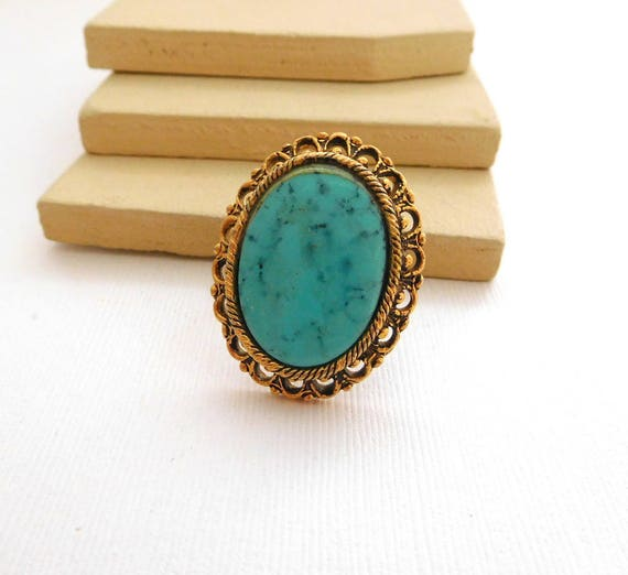 Vintage Glass Turquoise Gold Tone Filigree Victorian Revival Statement Ring ZZ26