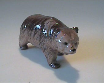 Vintage miniature Hagen Renaker brown bear