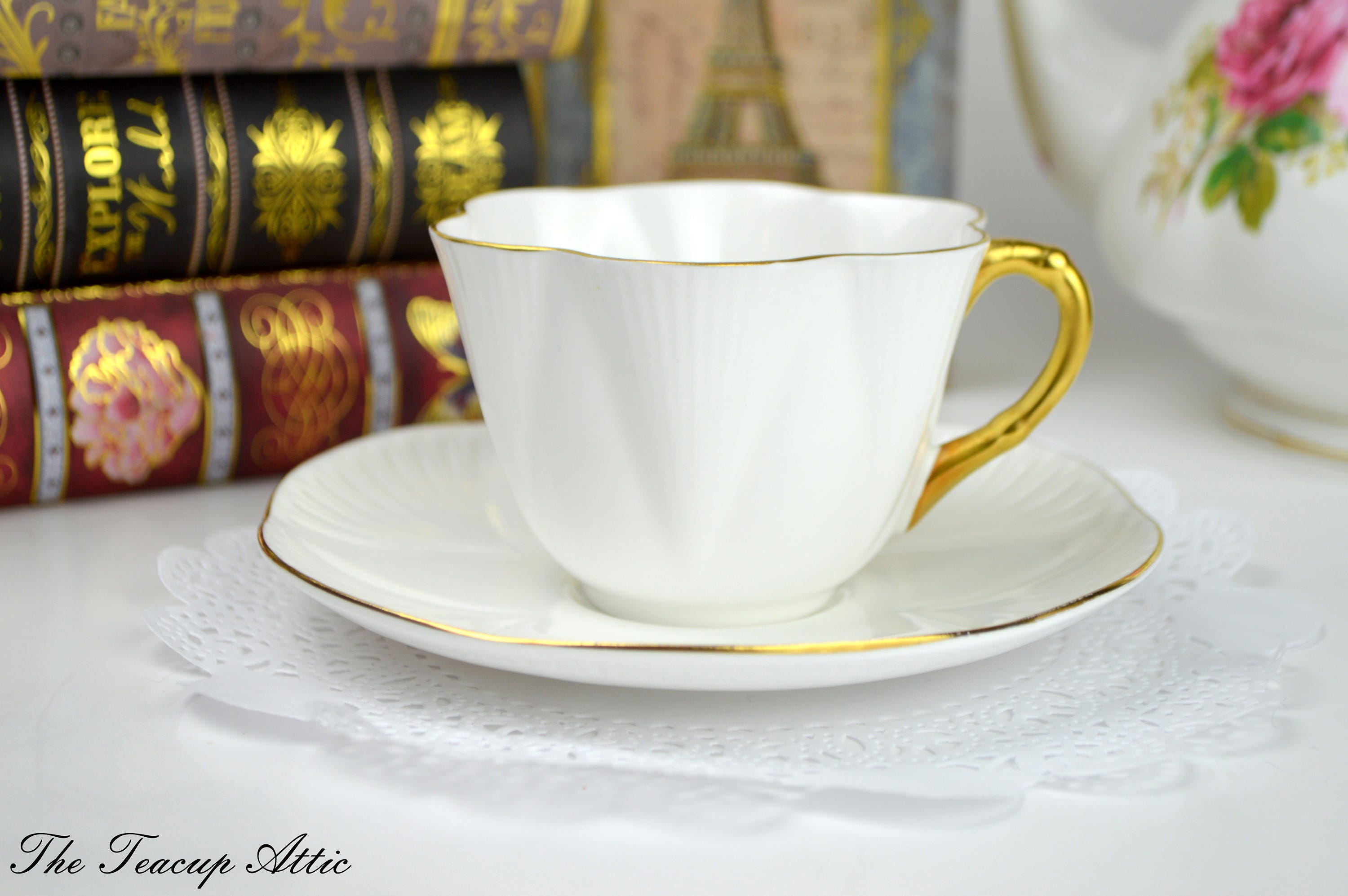 Shelley Brilliant White Dainty Shape Teacup And Saucer Set, English Bone China Tea Cup Set, Wedding Gift, ca. 1945-1966