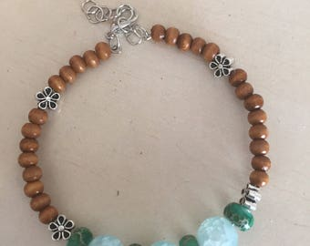 Crackle Glass and Dyed Imperial Jasper Beaded Memory Wire Bracelet