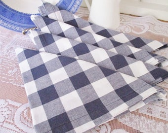 Cotton blue checkered napkins, set of 4 summer dining napkins, picnic napkins or basket covers, new condition