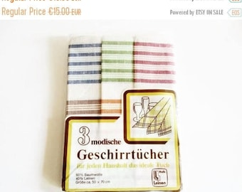 SUMMER SALE- Set of 3 Pieces German Vintage Half-Linen Kitchen Dish Towels with Stripes from the 70ies  / new and unused