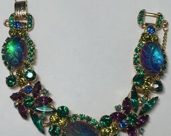 15% OFF SALE D&E aka Juliana Oval Enraved Leaf 5 Link Bracelet   Rare Book Piece  Item :17523