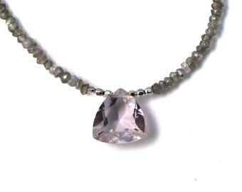 Morganite Quartz Necklace. Labradorite Necklace. Labradorite and Pink Morganite. Gray and Pink.  Beaded Necklace.