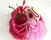 Délice de donut à la fraise - petite rétro vintage pin up fleur pince a cheveux