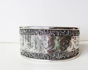 Vintage 925 sterling silver cuff bracelet - never worn - perfect condition