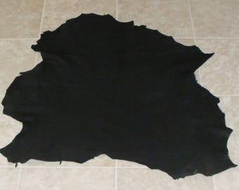 ZVE8572-7) Hide of Black Lambskin Leather Skin