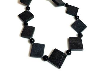 Diamond-Shaped Black Gemstone Necklace Bold Statement Necklace Chunky Funky Necklace Beaded Stone Jewelry Gifts for Her Necklaces for Women