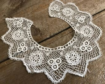 Antique French Lace Collar, Dress Accessory