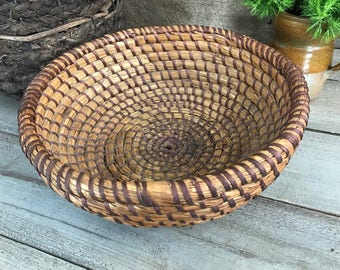 French Rustic Bread Basket, Coiled Rye Serving Basket, Large Hand Woven Wicker Basket, French Farmhouse