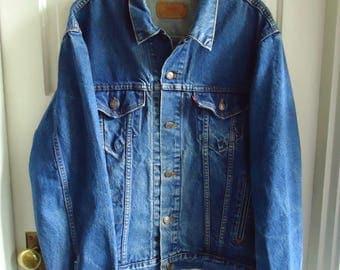 Vintage 80s LEVIS Dark Denim Jean Jacket Big Size 48/XL