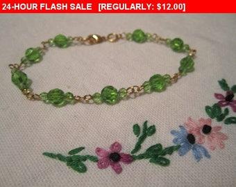 Pretty green beaded bracelet