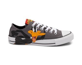 Converse Looney Tunes Low Top Daffy Duck Bugs Bunny Cartoon Gray Custom w/ Swarovski Crystal Rhinestone Jewel Chuck Taylor All Star Shoes