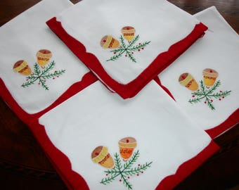 SPECIAL SALE...Christmas in July set of 4 holiday napkins, Applique and embroidered detailing, Holiday dining, use code JULY15 for discount