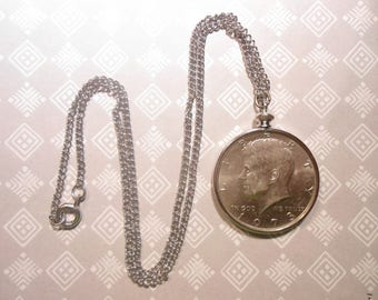 1 Silverplated Kennedy Half Dollar Necklace with Coin