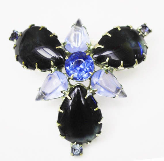 Blue Rhinestone Brooch - Atomic -open back - Dark blue cabochon - Mid century Pin