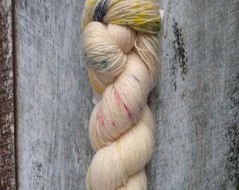 Sock Yarn, 100% superwash BFL, Hudson, speckle, 400 m, 437 yd, blue, green, red, yellow