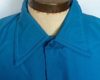 Vintage 1970s Light Blue Windbreaker size M/L
