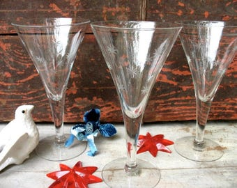 Set Of 10 Vintage Etched Star Wine Champagne Stemware Glasses Formal Place Setting Featuring Stars Conical Shape