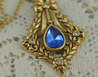 Vintage Necklace, Blue Stone, Faux Pearl, on Gold  #393-AW