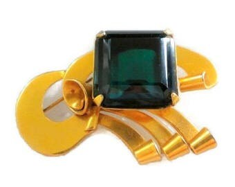 Coro Gold Vermeil Sterling with Emerald Green Glass Pin / Brooch