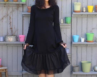 Morgan Black jersey dress and lace Bell sleeves