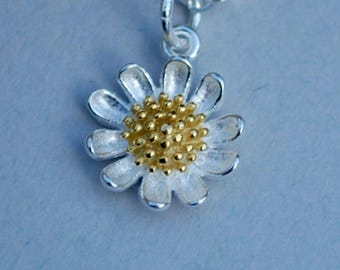 Sweet daisy necklace, flower necklace, summer jewelry, dainty necklace, gift,