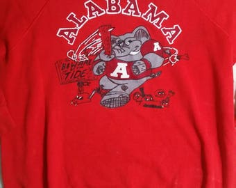 Awesome vintage Alabama sweatshirt Red Roll Tide Crimson mint condition 80s 70s football Americana Southern NFL college unique rare large