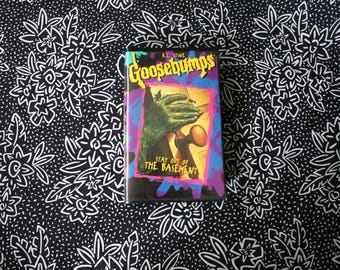 RL Stine Goosebumps: Stay Out Of The Basement VHS Tape.90s Kid Goosebumps TV Show Collectible Vhs Tape. Cult Classic 90s Kid Spooky Story