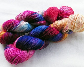 Handdyed SockYarn, 75 Wool, 25 Polyamid 100g 3.5 oz. Nr. 939
