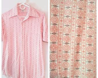 Vintage Button down shirt size Small Geometric