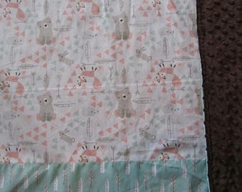 White Woodland Animal/Bear/Deer/Fox/Feather Cotton/Minky Baby/Toddler Blanket