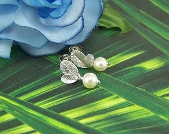 Pearl Leaf Earrings, Silver Leaf Earrings, Bridal Earrings, Cream Pearl Earrings, Pearl Drop Leaf, June Birthstone Earrings, Pearl Earrings