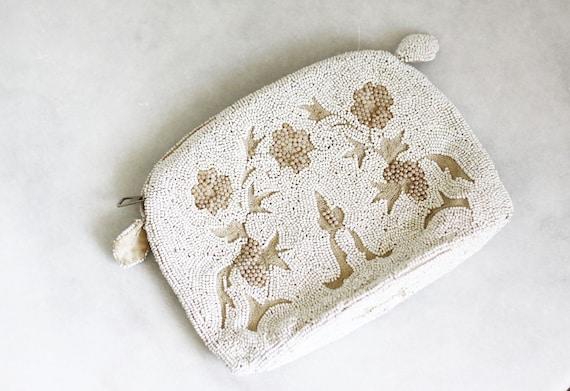 1920s white beaded handbag // 1920s handbag // antique purse