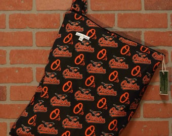 Cloth Diaper Wetbag, Orioles, Diaper Pail Liner, Diaper Bag, Day Care Size, Holds 12 Diapers, Size Large with Handle #L128