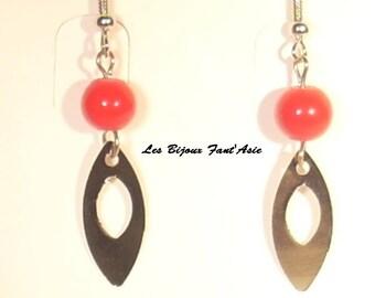 Red glass bead hook earrings and silver metal openwork leaf