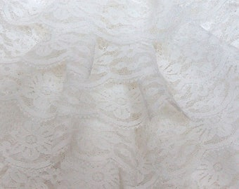 NEW model - Handmade: white guipur lace ruffle scarf